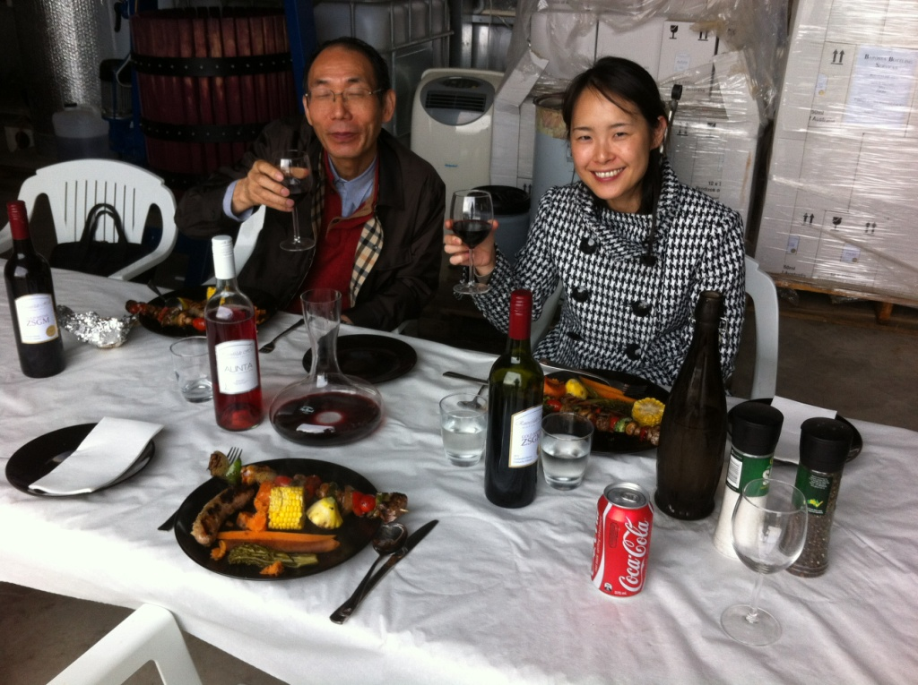 gourmet lunch at roenfeldt Hill barossa valley tour